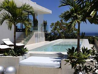Rio001 Breathtaking Penthouse in Copacabana with Pool beachfront, Rio de Janeiro