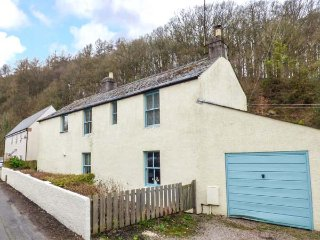 COPPICE detached character cottage, edge of Forest of Dean, woodburning stove, Cinderford