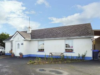 ANCUAN, all ground floor, pet-friendly, WiFi, family rooms, Carraroe, Ref 955005