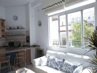 Spacious Chic & Bright apartment in Casco Antiguo with WiFi, airconditioning, Seville