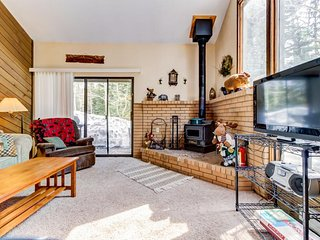 Spacious condo ski-in/ski-out at Navajo & dog-friendly!