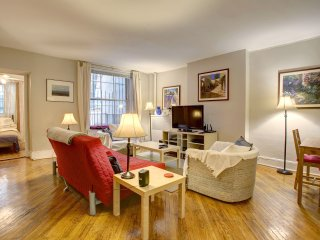 Large one bedroom suite with private garden off Central Park