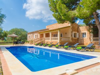 ANTENA - Villa for 9 people in Cales de Mallorca, Calas de Mallorca