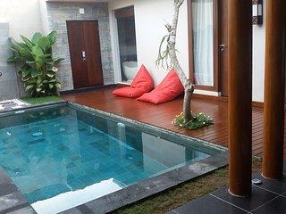 Nyoman 2 Bedroom Villa, Spa + Gym, Jimbaran, Kedonganan