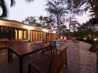 New 3 bedrooms pool villa, Klaeng