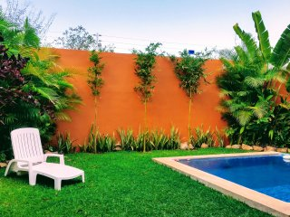 3 bed house in complex with cooling pool and BBQ, Mérida