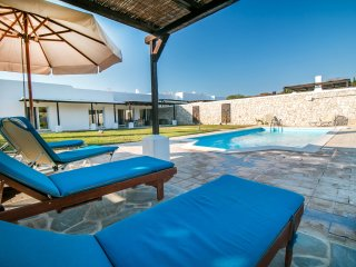 Beautiful private pool villa Olympos near Anthony Quinn bay, Ladiko