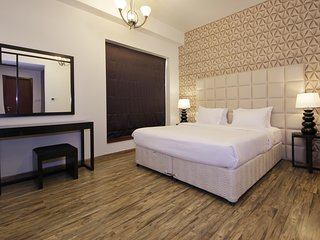 Luxury Stay at JBR Walk and Relaxing Spa Centre