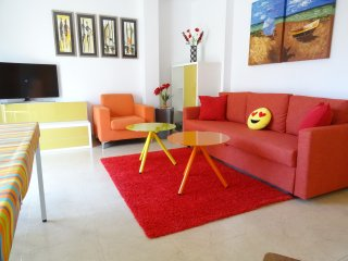 FUNNY ORANGE RELAXING AND CENTRIC WITH TERRACE, Sitges