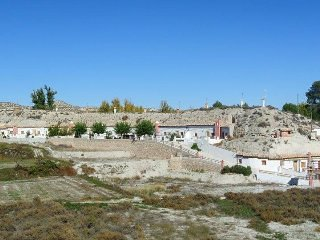 Cave houses, (100m2) two bedroom  private terrace and swimming pool (from juni), Castillejar