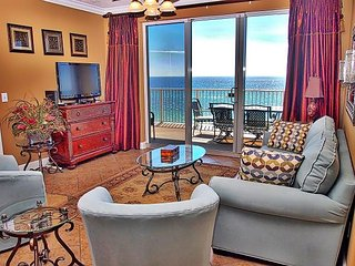 Stunning 3 Bedroom, 7th Floor, Corner Unit with 2 Gulf-Front Masters w/ View!