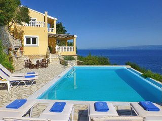 Villa Kalypso | A stone's throw from the beach with Private Pool & 180° Sea View