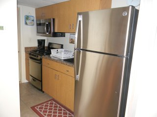 Beach Front Condo - Ocean View -Directly on the Beach - Heated Pool - Free Wi-Fi