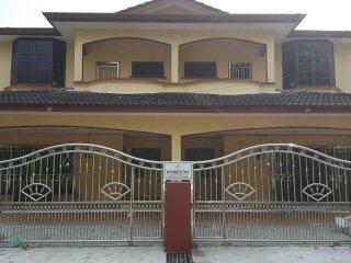 Navein's Homestay Perak 2