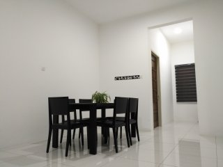 City View Condo, George Town