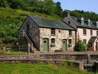 Priory Mill Farm Granary, Brecon
