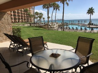 The Perfect Family Condo Steps From The Beach !, Puerto Penasco