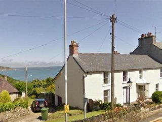Rock House (707), Fishguard