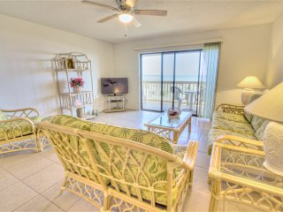 Sea Haven Resort - 513, Ocean Front, 2BR/2.5 BTH, Pool, Beach