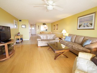 Sea Haven Resort - 112, Ocean Front, 3BR/2.5BTH, Pool, Beach, Saint Augustine