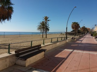 Apartment front line beach Estepona Center