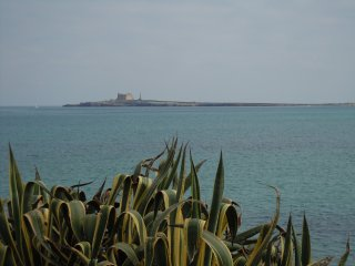 Villa Morghella con stupenda vista di fronte mare