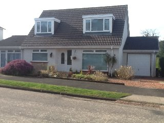 Self contained part of family home. Private access. Few mins drive Loch Lomond