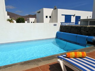 Villa Palmas, Playa Blanca, 3 bedrooms, private pool, sea views