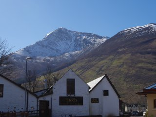 Stunning view of the magnificent Sgorr Bhan from the front of the cottage