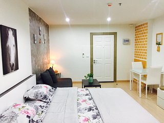 Fully furnished room for Daily weekly and monthly rental, Wichit