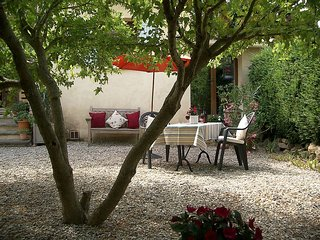 Hibiscus Garden apartment