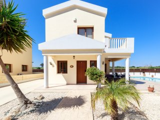Villa Honey Corner - Spacious 2 Bedroom Villa with Private Pool -  DISCOUNTED!!