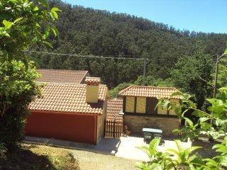 Casa tradicional en núcleo rural próximo a playas