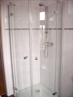 Dusche der zweiten Ferienwohnung