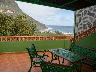 Casa Rural Ondina 'B' ( Playa de Hermigua)