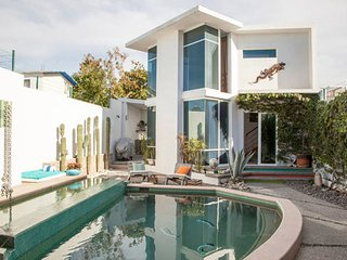 Mini Villa in with pool and jacuzzi, La Paz