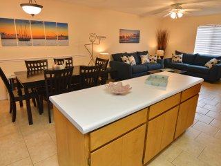 Gulf Highlands 2 Bedroom Sleeps 6, Panama City Beach