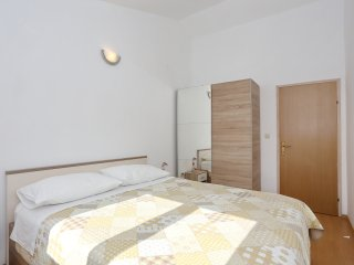 Apartment Olivera 2 - Bozava