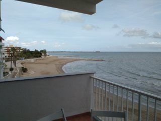 Apartamento vacacional en primera linea de mar