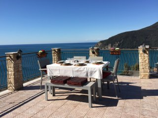 CHRISTMAS SALE - Appartamento Moneglia 3 camere vista mare