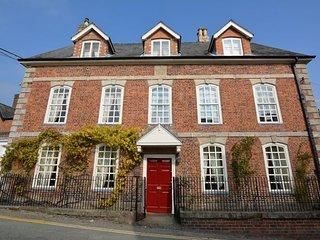 40870 House in Welshpool, Llanfyllin