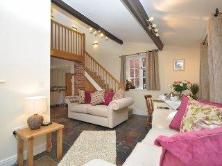 OLDBK Cottage in Leominster, Pembridge