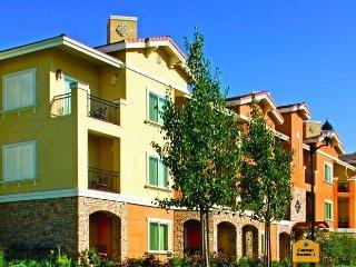 Vino Bello Resort - Fri-Fri, Sat-Sat, Sun-Sun only!