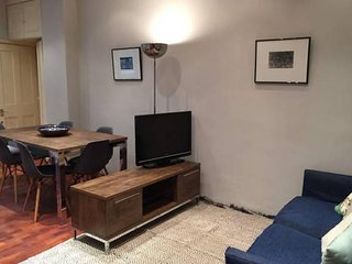 Eldon Road Pied-a-terre I apartment in Kensington & Chelsea with WiFi, London