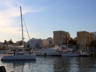 Location, Location in Estepona Marina!