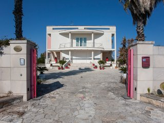 Luxury villa with swimming pool near Otranto, Carpignano Salentino