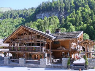 Chalet - 100 m from the slopes, Montriond