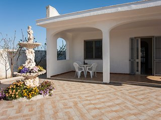 Superb Holiday House in Spiaggiabella very close to the Beach