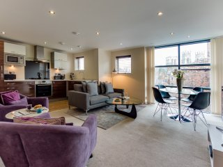 2 Bed Apartment with Minster View, York