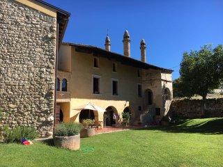 Villa Nichesola - Casa dei Camini - built in 1365